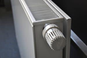 Come sfiatare termosifoni: guida pratica