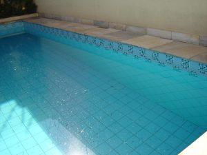 Aprire cassaforte con batteria scarica tabbid for Riparare piscina