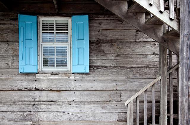 Manutenzione dei serramenti in legno guida pratica - Manutenzione finestre in legno ...