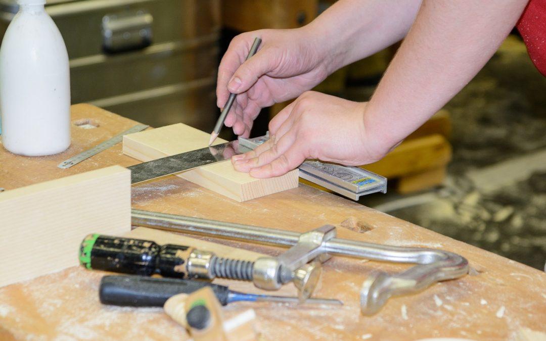 Macchina Per Lavorare Il Legno E I Metalli : Levigatrice da banco per legno quale scegliere
