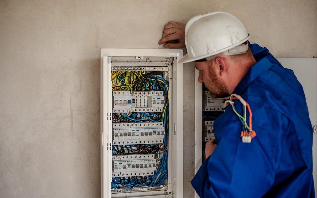 Come diventare elettricista: guida passo passo